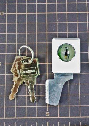 画像1: ウチダ専用開き戸書庫カムロック