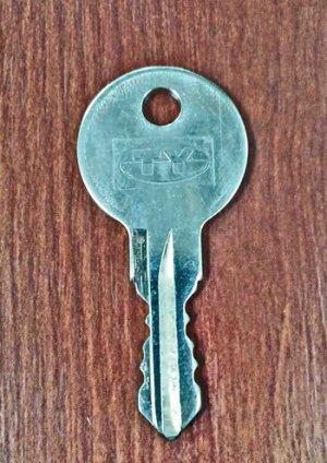 画像1: ★TYストックハウス(タクボ物置) Y〇〇〇〇(4桁)用 純正キー作成 ※1本単位でのご注文