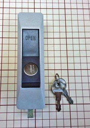 画像1: ★ビニトップ物置 UR錠 鍵交換